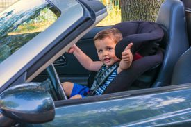 Select the right car seat to keep your children safe on the road